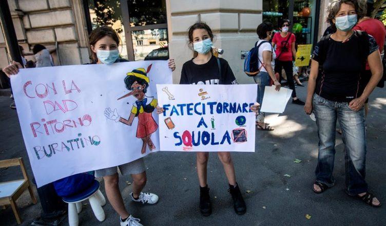 Manifestazione nazionale della scuola  © Marco Merlini Roma, 23 maggio 2019 Ministero dell'Istruzione Mobilitazione docenti, studenti, educatori e genitori per una scuola migliore e in presenza